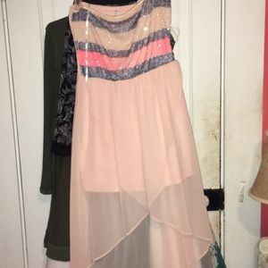 Dresses & Skirts - Cute summer dress